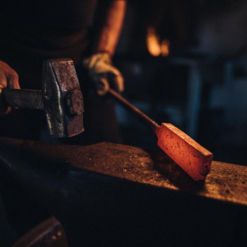 Ruční výroba nožů